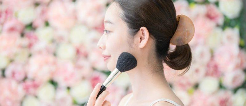 化粧品会社の企画職の仕事内容は?商品企画職へ確実に転職成功する方法とは