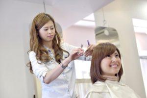 医療美容師は普通の美容師とどう違うのか?