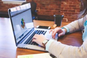 物流事務への転職成功法