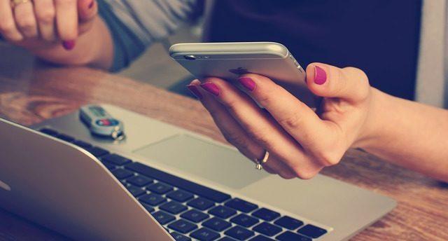 転職エージェントと直接応募はどちらが有利?両方のメリットと転職成功のテク