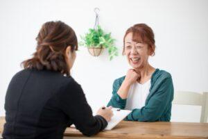 50代女性でも転職できる?強みを活かした成功のコツや注意点を解説