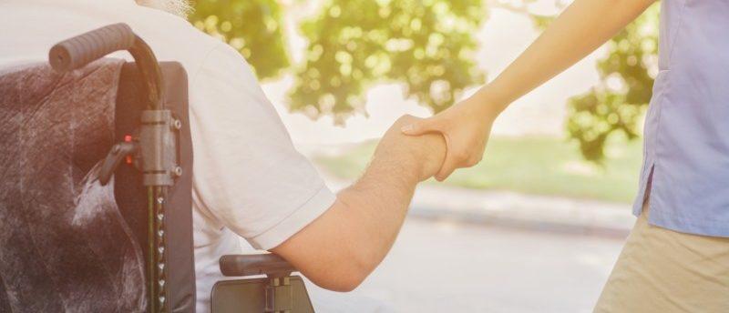 40代でも介護業界へ転職できる!40代の介護業界転職を成功させる秘訣