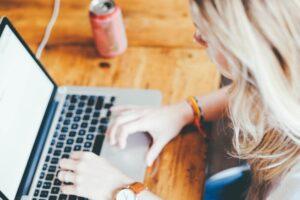 【女性向け】営業から転職するには転職エージェントが必須!営業からの転職法