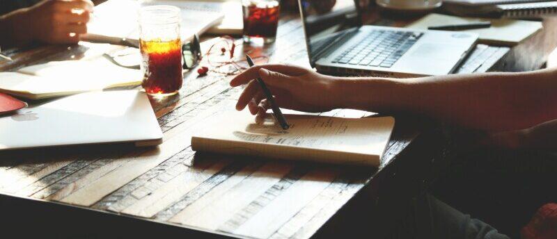 外資系IT企業への転職方法は?外資系IT企業のメリットと必須スキル・転職方法