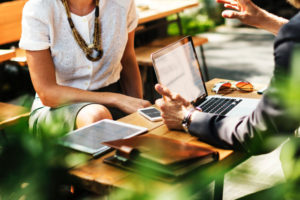 外資系のグローバルコンサルティングはどんな仕事?業務概要や必要スキルについて解説