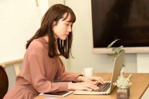 20代に経理への転職は向いてる?20代が経理へ転職するメリットを解説!