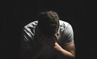 「既卒」と「留年」、就活における違いは?内定までの近道はどちらかを解説