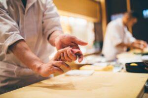 日本料理人・和食料理人になるには?求められるスキルや修行内容・就職方法とは